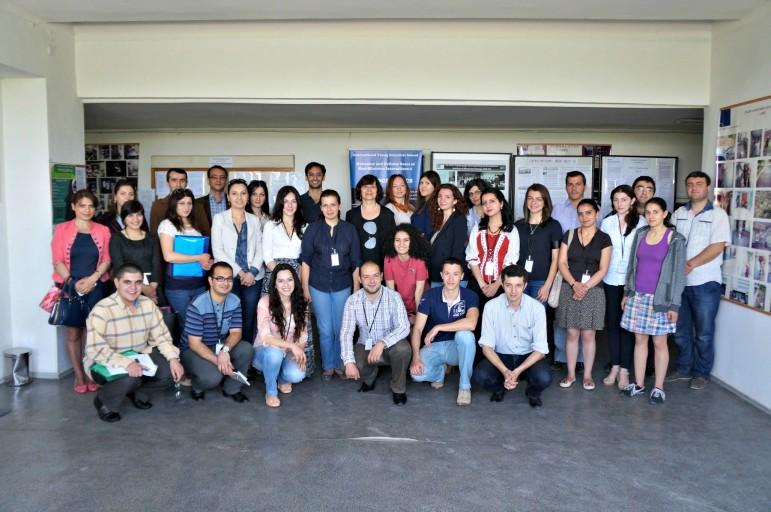 Eskandarian, Aroian and company's 2015 class of Armenian biology lab students.