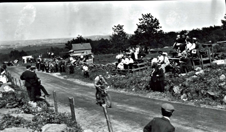 Photograph of a cyclist climbing Dead Horse Hill by Albert G Waite (June 6, 1908).
