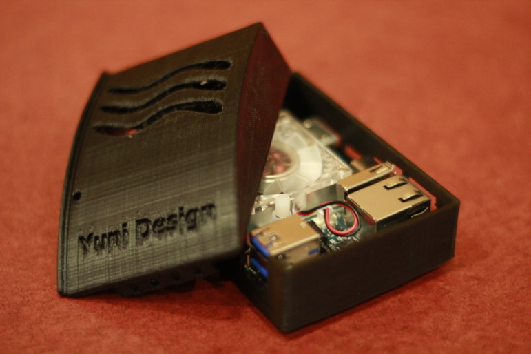 Yuni Design's DIY mini-computer