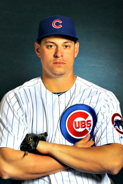 Worcester's Bryan LaHair, a former Cubs all-star, is headed to north central Jersey, for one more shot at the big leagues.