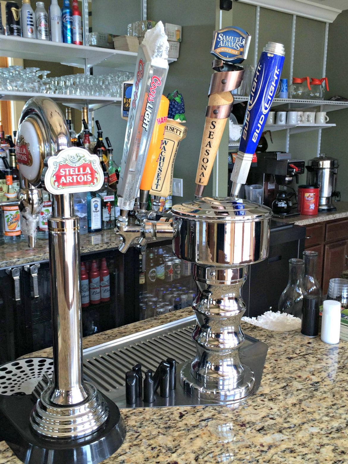 With a new team in charge, there's more on tap at Grill on the Hill than good beer.
