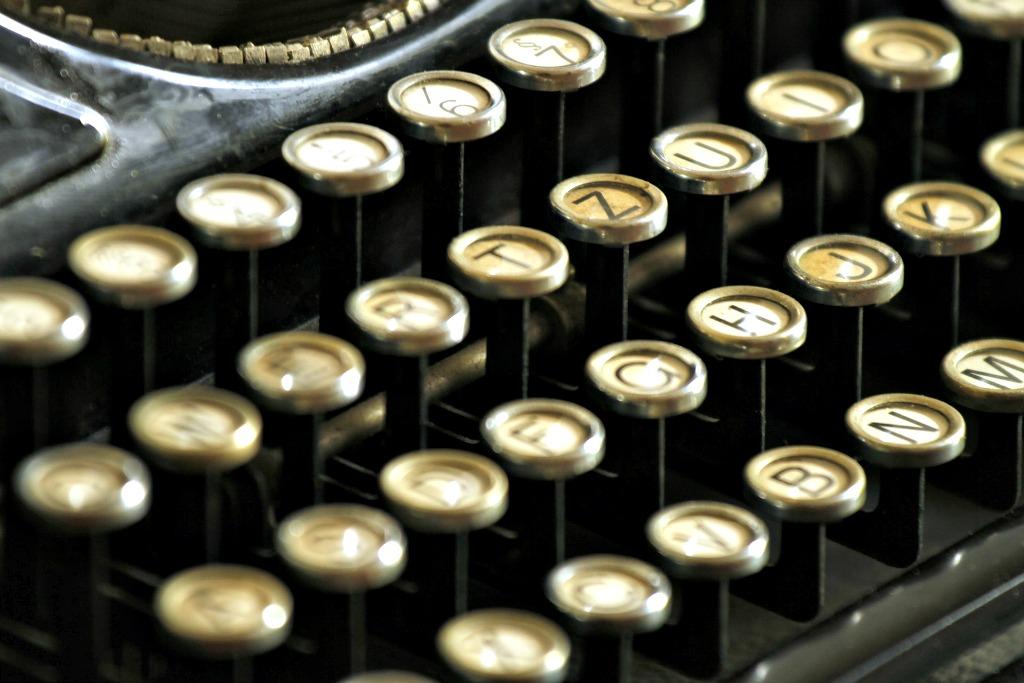 typewriter_pixabay